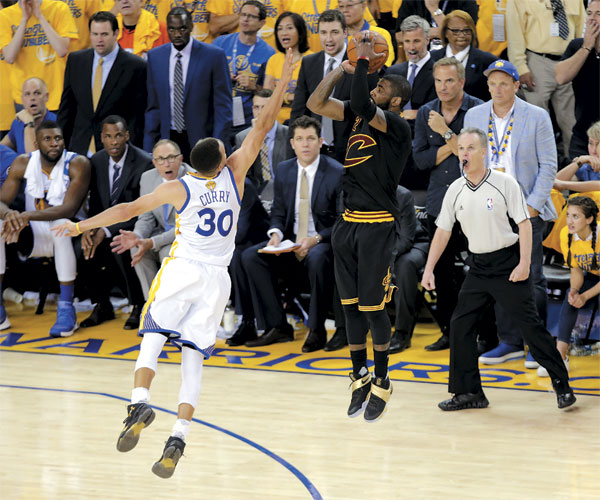 Steph Curry and Kyrie Irving