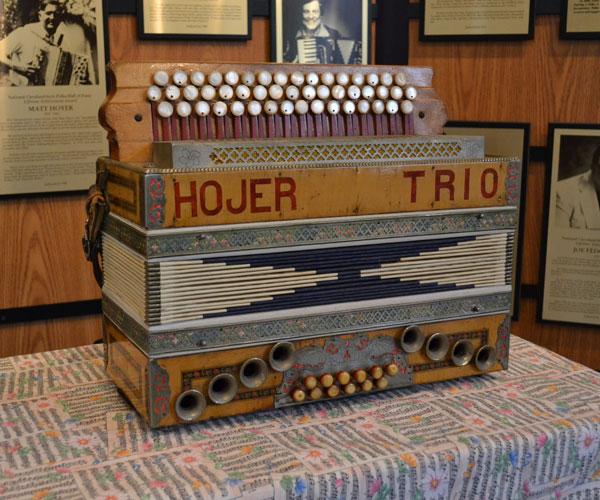 Mervar accordion