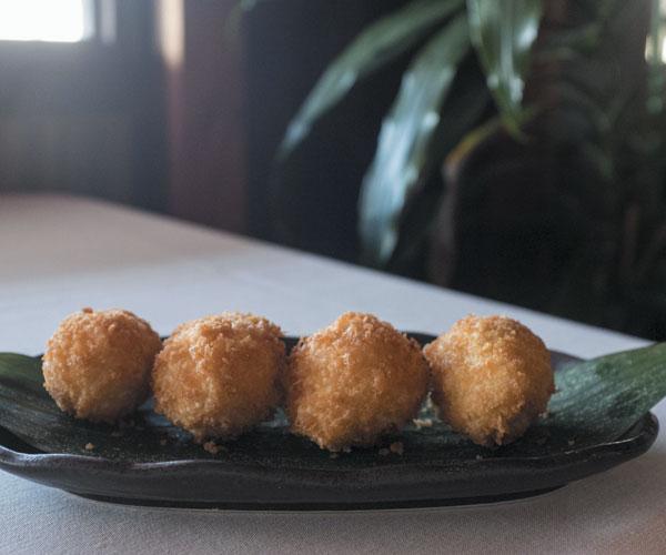 Deep-Fried Lobster Meatballs
