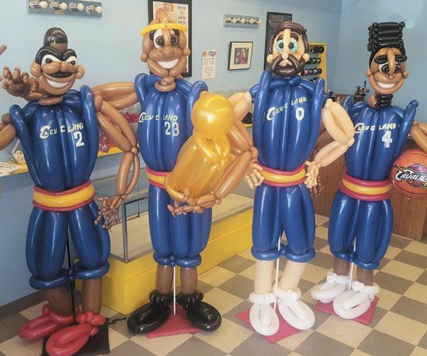 Cavs Balloons