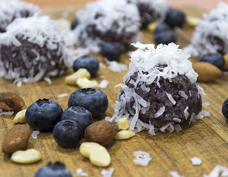 Good to Go Cafe's Blueberry Bliss Balls