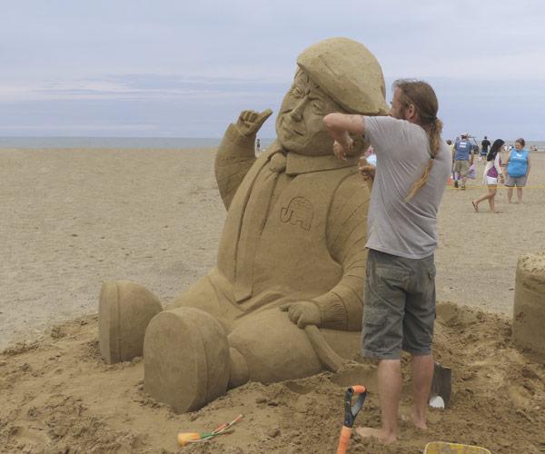 Mentor Beachfest Sand Sculpture