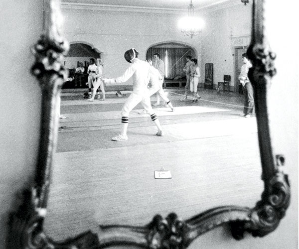 1979: William Reith Coaches Fencers At The Alcazar Hotel