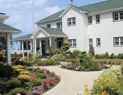 Lakehouse Inn