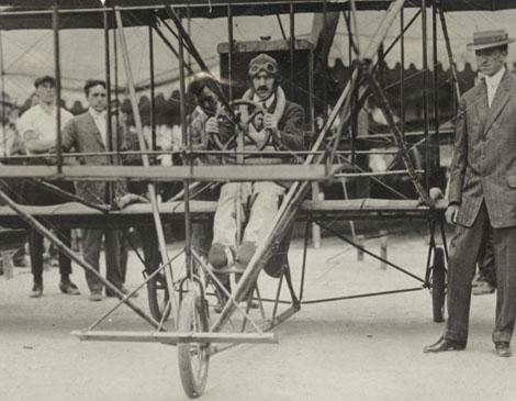 Glenn Curtiss Lake Erie 1910