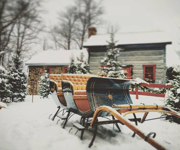 Ma and Pa's sleigh rides