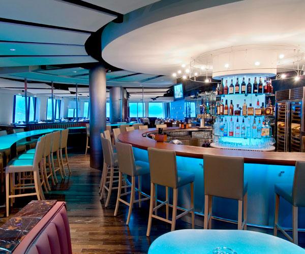 Pier W Bar