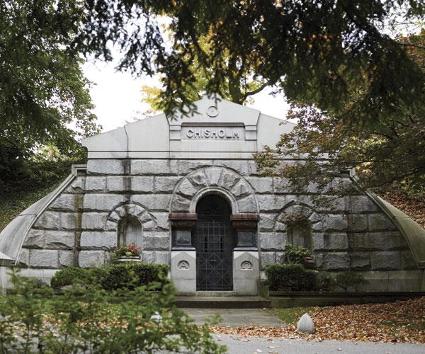 Chisholm Mausoleum Exterior Thumbnail